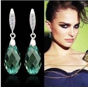 Роскошные серьги с драгоценными и полудрагоценными камнями в «Радуге Самоцветов»