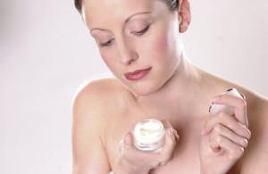 Антивозрастной крем для лица: профессиональное массажное масло