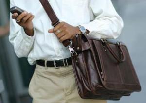 Как выбрать сумку в подарок мужчине