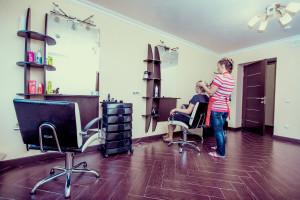 Современные салоны красоты – профессиональный уход от пальчиков ног до прически