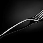 Почему на вашем столе должны быть столовые приборы из серебра?
