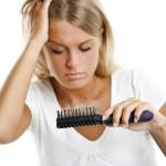 Одна из самых распространенных проблем с волосами для современной женщины
