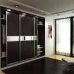 Шкафы-купе как практичное решение для современных квартир