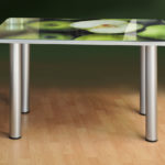 Кухонный стеклянный стол с фотопечатью – лучшее украшение любой кухни