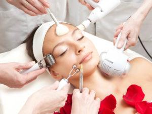 Аппаратная косметология – надежный способ продлить молодость