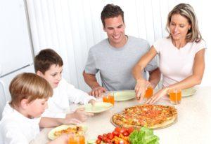 Доставка еды на дом – отличный способ сэкономить свое время