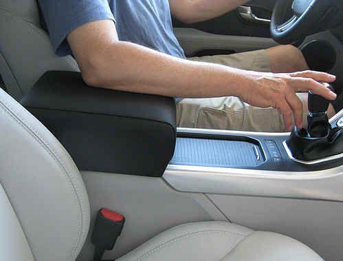 Где можно заказать отличные подлокотники для своего автомобиля?