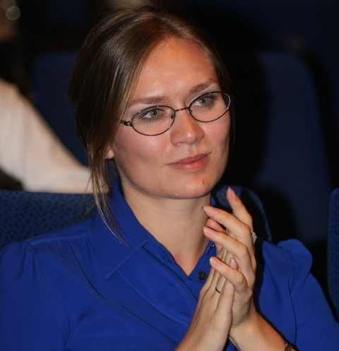 Маша Машкова крутит романы по стопам отца